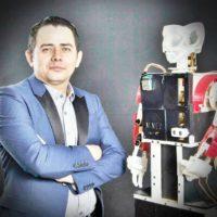 Investigador e inventor Salvadoreño sigue una línea de estudio a través de la robótica